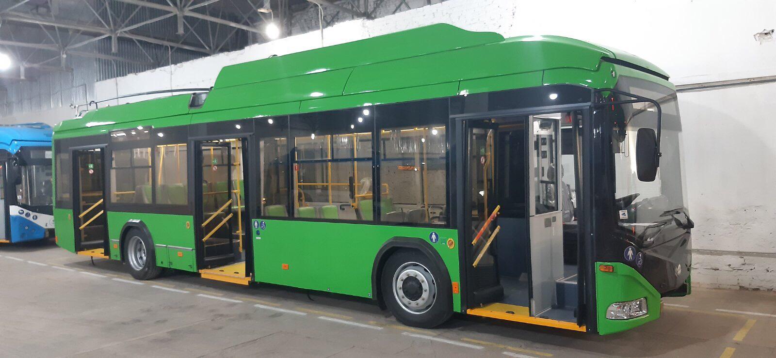 В Луцке собирают белорусские троллейбусы для Мариуполя и Житомира
