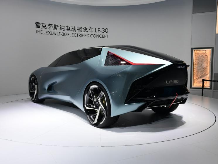 На Пекінському автошоу представлено концепт-кар електромобіля Lexus LF-30