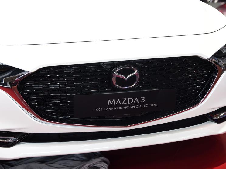 Mazda 3 100th Anniversary Special Edition представлена на Пекинском автосалоне