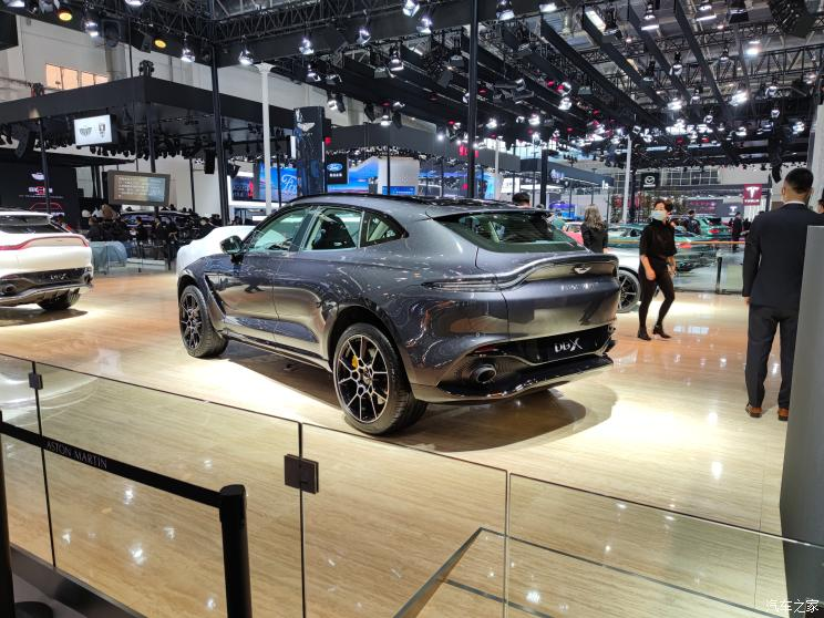 На автошоу в Пекіні представили позашляховик Aston Martin DBX Designer Custom Edition