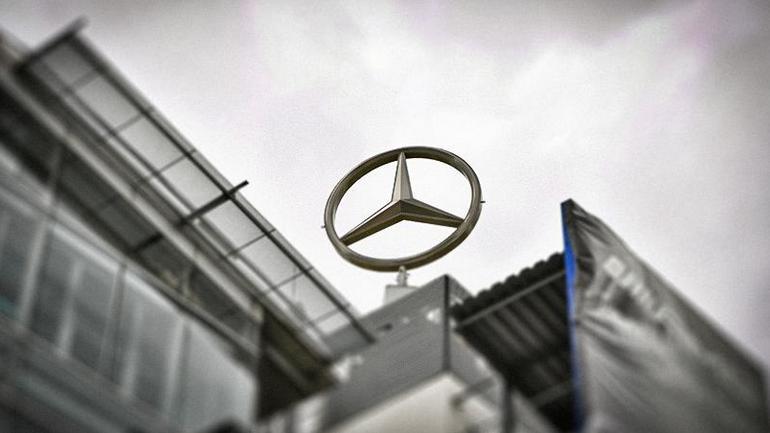 Daimler переоборудует старейший завод по производству двигателей