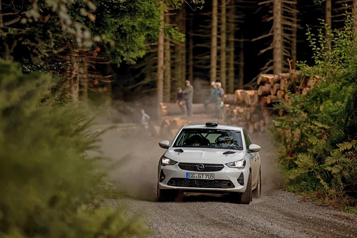 Opel розробив модель для клієнтів, які приймають участь в ралійних гонках