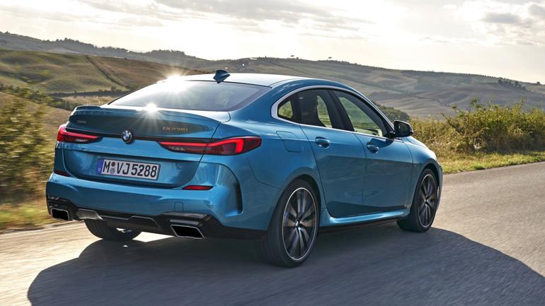 BMW 2-Series Gran Coupe испытали на безопасность (Видео)