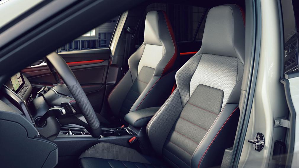 Volkswagen представил форсированный Golf GTI Clubsport