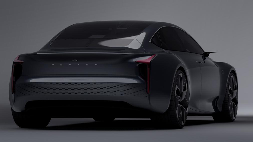 Компания HMC представила первый в мире водородный седан класса люкс