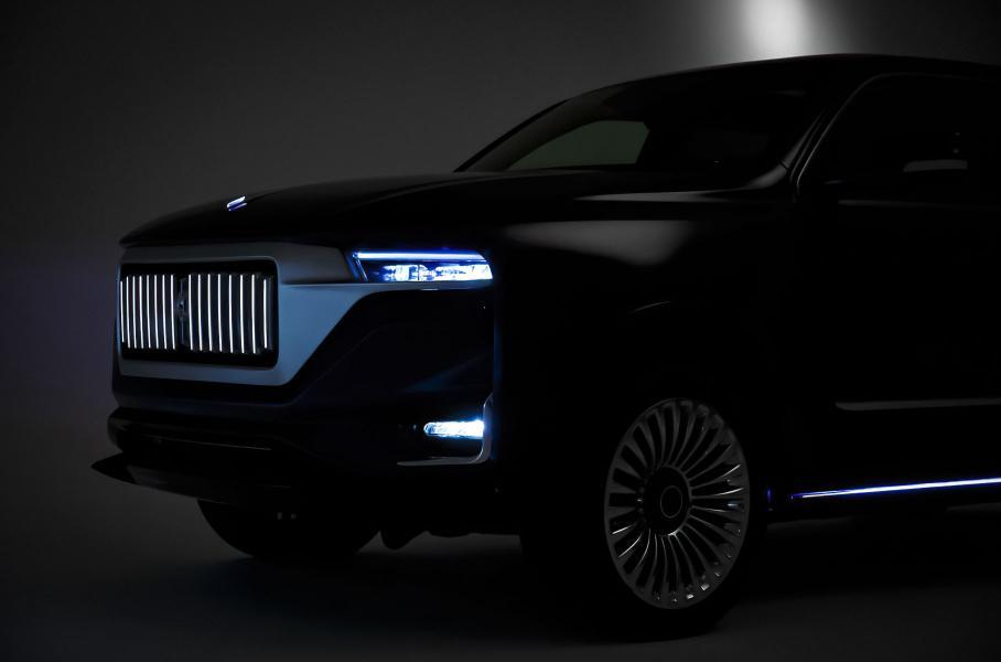 Представлений надпотужний шестиметровий «гіперлімузін» в стилі Rolls-Royce