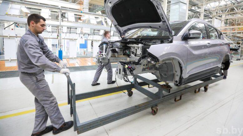 Производство кроссовера Geely Coolray по полному циклу началось на заводе «БелДжи»