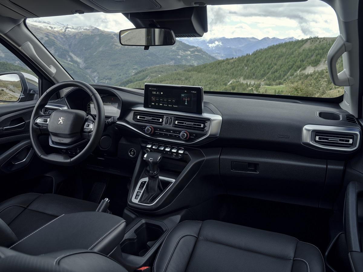 Новый пикап Peugeot Landtrek преодолеет 26 тысяч километров дорог Латинской Америки