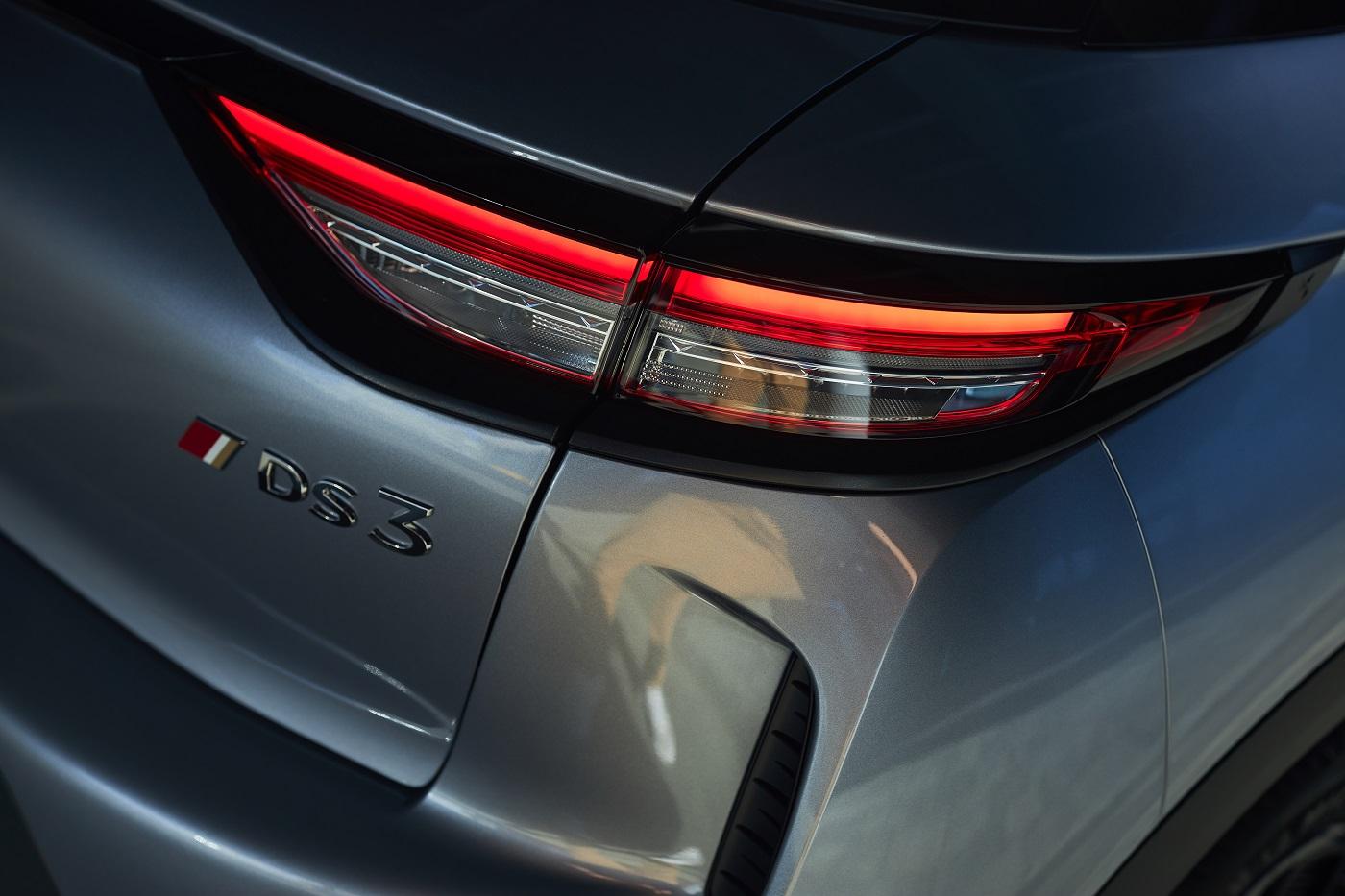 Ікона стилю «Хай-Тек» SUV DS 3 Crossback претендує на престижний титул «Автомобіль року в Україні 2021»
