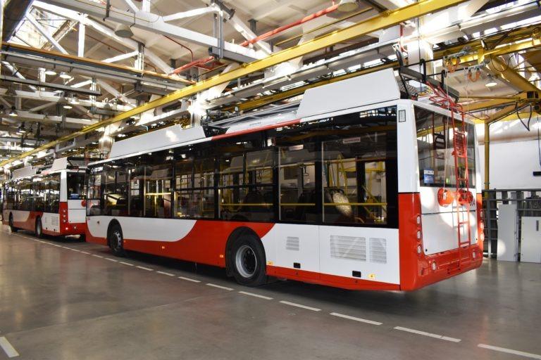 Луцк получил очередную партию новых троллейбусов