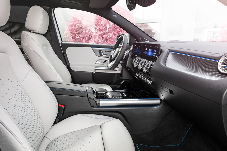 Світова прем'єра абсолютно нової, повністю електричної моделі Mercedes-EQ – EQA