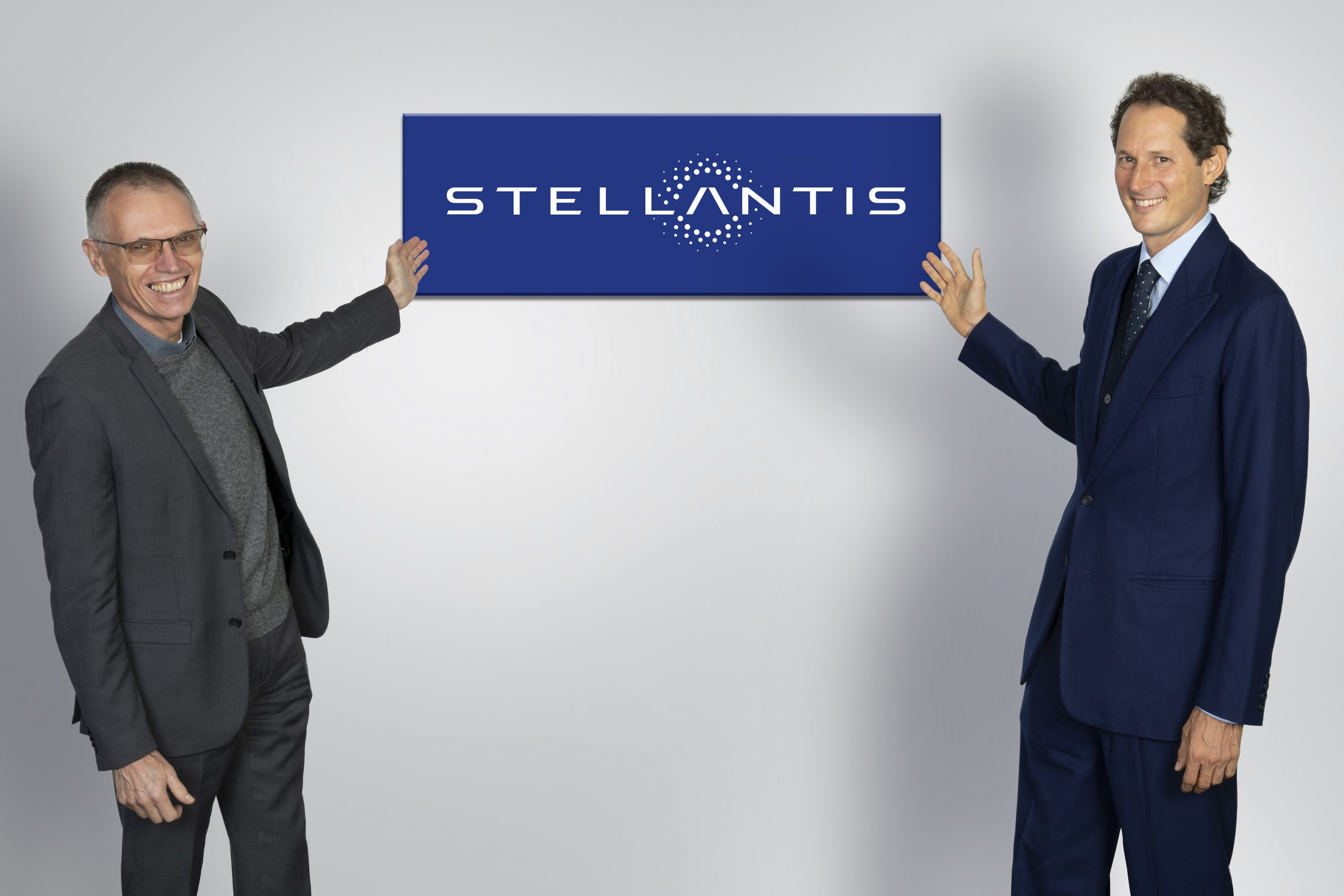 Stellantis: рождение мирового лидера в области экологичной мобильности