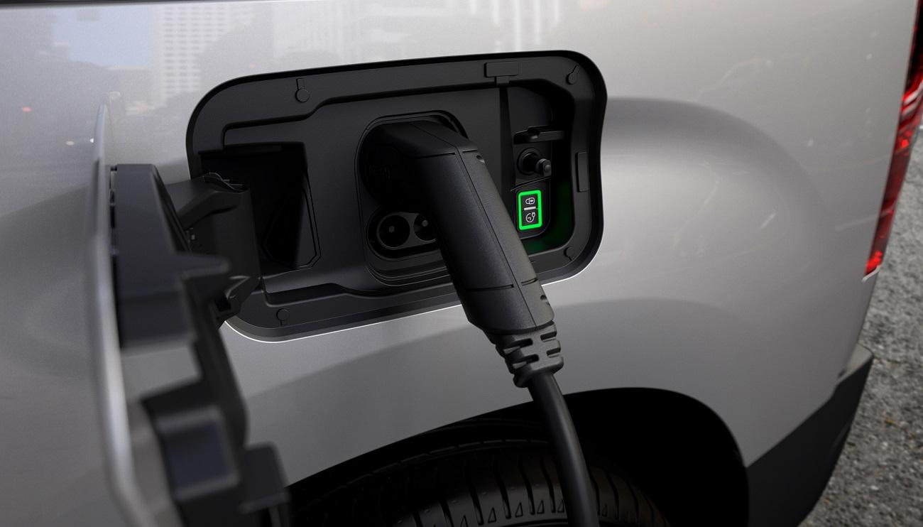 Новий Peugeot E-Partner: все такий же ваш надійний партнер, але тепер - з електроприводом