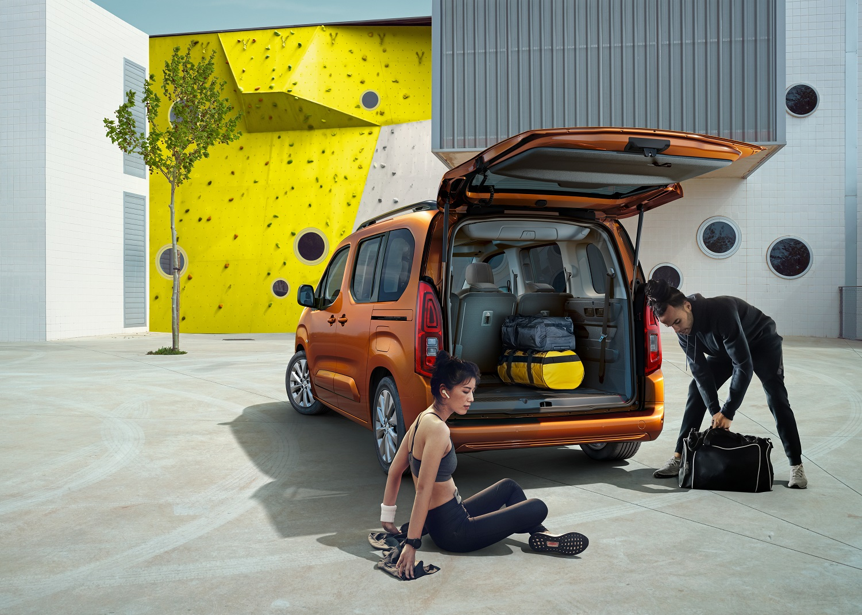 Бренд Opel представляє новий електромобіль – вен Combo-e Life