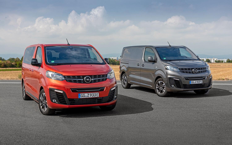Сразу 2 модели получили титул в акции «Автомобиль года в Украине 2021»