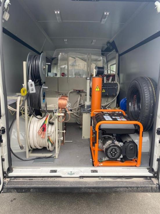 На базі автомобіля Peugeot створені електротехнічні лабораторії