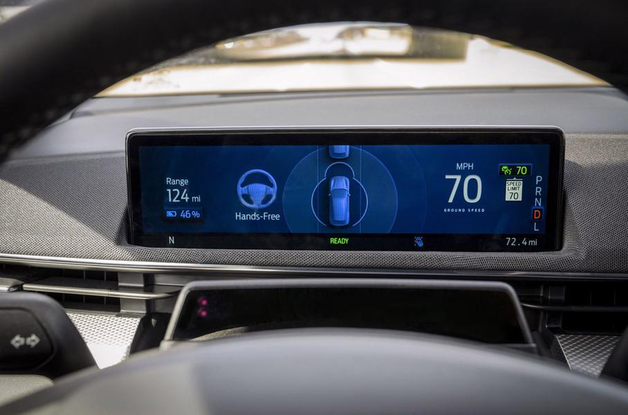 Ford в этом году внедряет новый автопилот BlueCruise