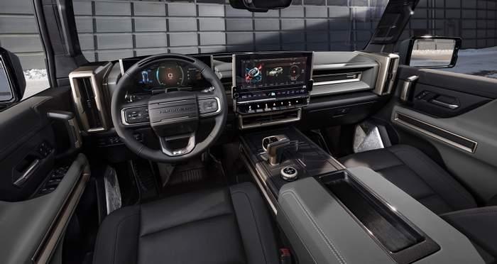 Внедорожник Hummer EV вскоре пополнит семейство электромобилей