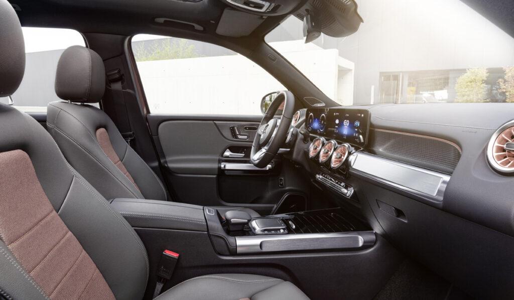 Mercedes-Benz представил свой новый электрокроссовер EQB
