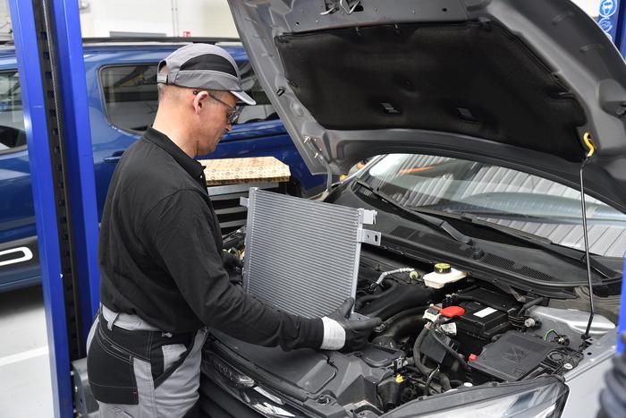Насолоджуйся прохолодою: знижені ціни на радіатори кондиціонера EUROREPAR для автомобілів OPEL