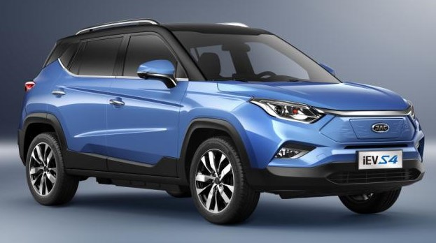 На українському ринку електромобілів зросла частка нових машин