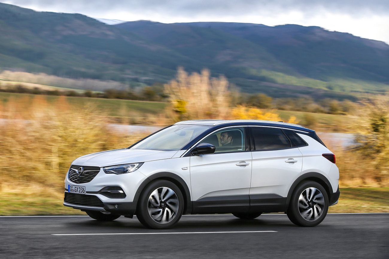 До 30-річного ювілею України Opel дарує 30 кросоверів