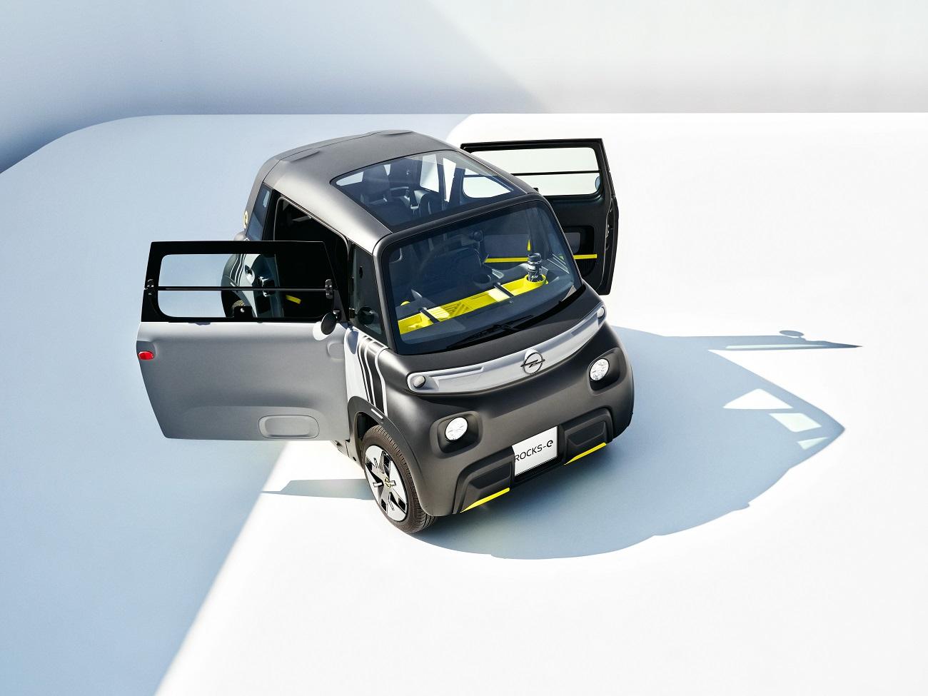 Прем'єра Opel Rocks-e: новий електромобіль для нової ери міського життя