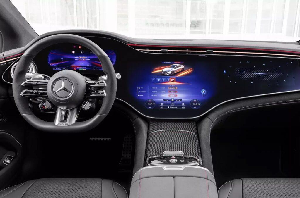 Mercedes-AMG представив свій перший електромобіль