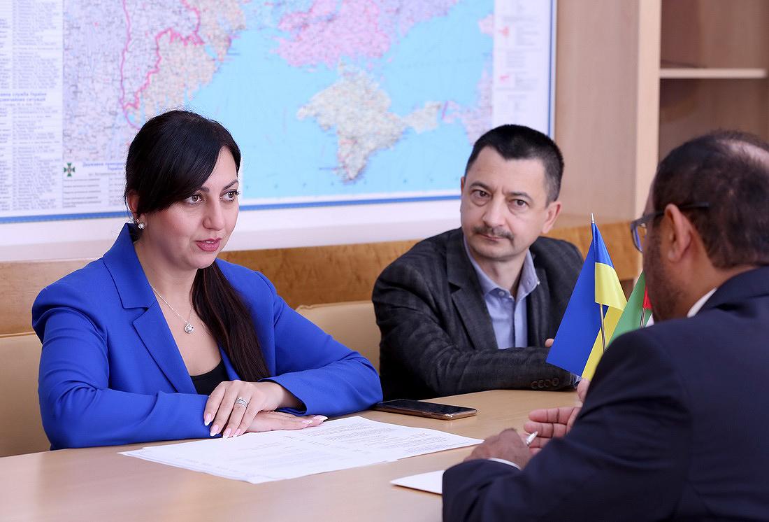 С 1 октября 2021 года в ОАЭ будут признаваться украинские водительские права