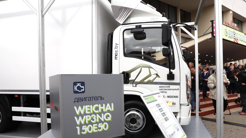 Чому БелАЗ і МАЗ почали випуск китайських вантажівок? Фото перших моделей