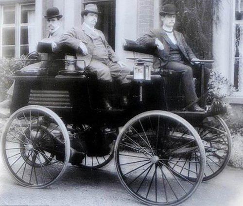 Понад 100 років тому електричні приводи мали перевагу в автомобільній промисловості