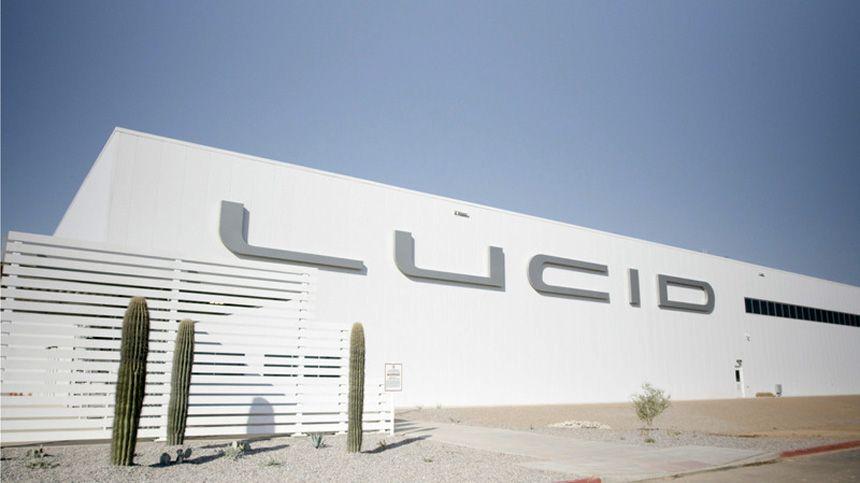 Серійний Lucid, плани Ford і Daimler - автомобільні новини за тиждень