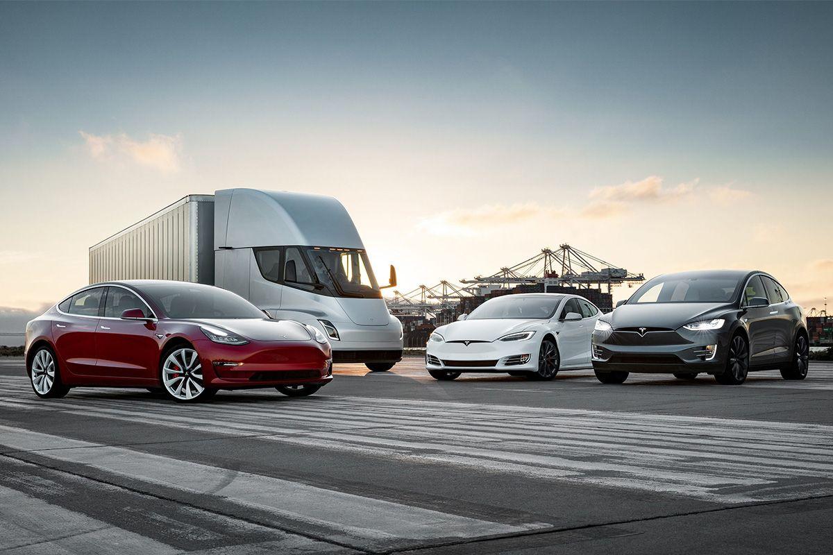 Нові причини дефіциту чіпів, рекорд Tesla і зміна лідера в США