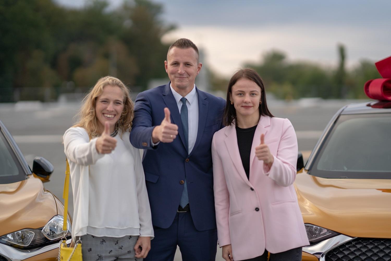 Олимпийские призерки Ирина Коляденко и Алла Черкасова получили по новенькому DS 3 Crossback